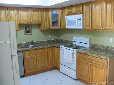 Coral Springs Condo For Sale: 2500 Coral Springs Dr #202
