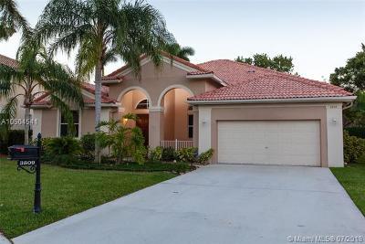 Weston Single Family Home For Sale: 3809 N Heron Ridge Ln