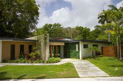 Miami Single Family Home For Sale: 161 South Shore Drive