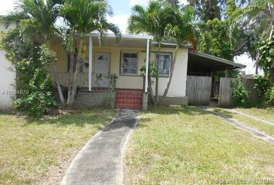 Miami Single Family Home For Sale: 8320 SW 27th Ln