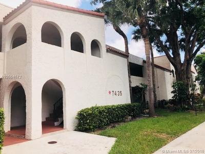 Tamarac Condo For Sale: 7435 Woodmont Ter #202