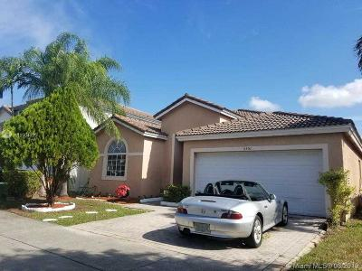 Doral Single Family Home For Sale: 5351 NW 110th Ave