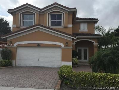 Miami Single Family Home For Sale: 15494 SW 41st Ter