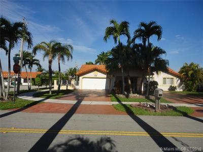 Miami Single Family Home For Sale: 2190 SW 139th Ct