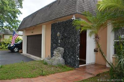 Plantation Single Family Home For Sale: 6681 SW 20th St