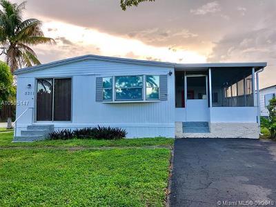 Dania Beach Single Family Home For Sale: 5311 SW 23rd Ter