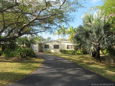 Pinecrest Single Family Home For Sale: 6421 SW 116th St