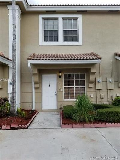 Pembroke Pines Condo For Sale: 752 SW 122nd Ter