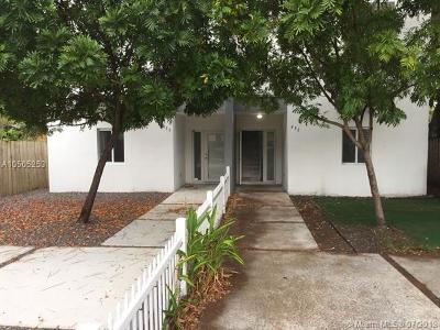 Miami Multi Family Home For Sale: 453 NE 68th St