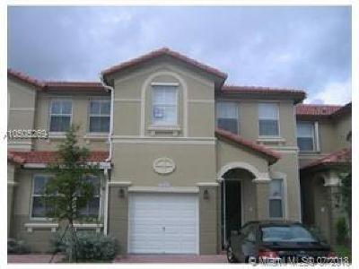 Doral Single Family Home For Sale: 7930 NW 108th Pl