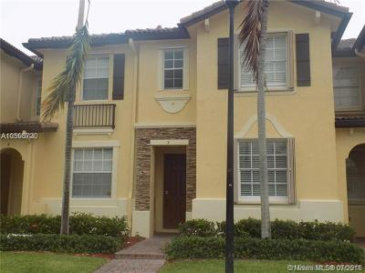 Cutler Bay Condo For Sale: 9269 SW 227th St #5-24
