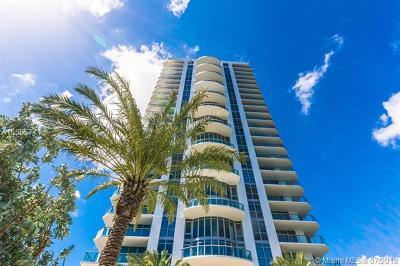 North Miami Beach Condo For Sale: 17301 Biscayne Blvd #402
