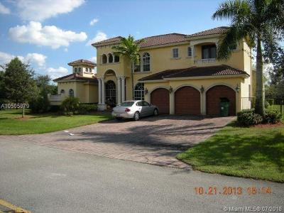 Davie Single Family Home For Sale: 15040 SW 16th St