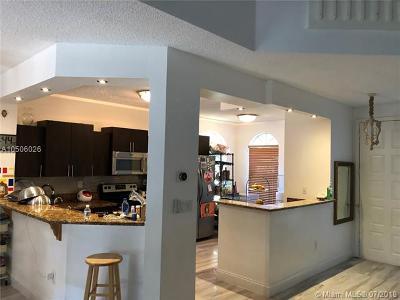 Aventura Single Family Home For Sale: 21033 NE 34th Pl