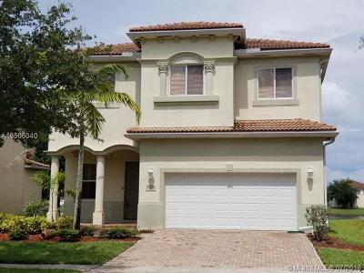 West Palm Beach Single Family Home For Sale: 7074 Aliso Ave