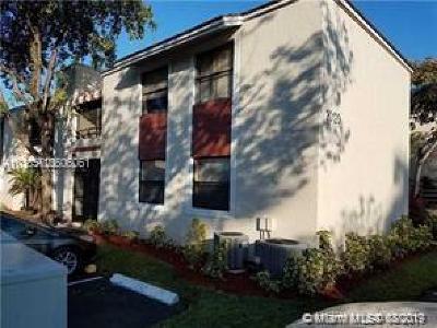 Miami Condo For Sale: 20120 NE 3rd Ct #7
