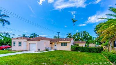 Hollywood Single Family Home For Sale: 1600 Van Buren St