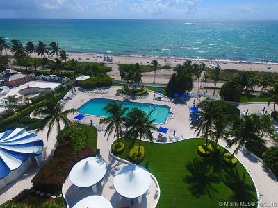 Miami Beach Condo For Sale: 5161 Collins Ave #302