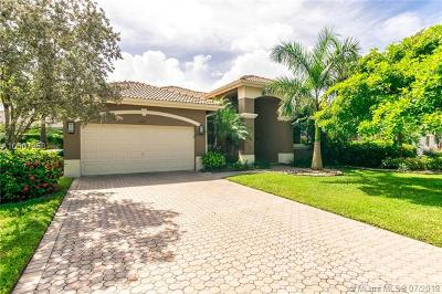 Coral Springs Single Family Home For Sale: 447 NW 118th Way
