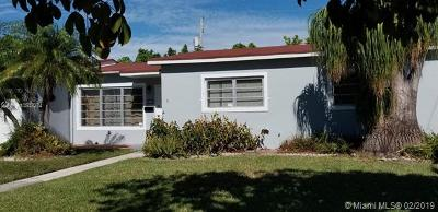 Cutler Bay Single Family Home For Sale: 10215 SW Montego Bay Dr