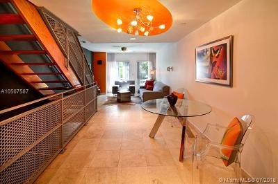 Miami Beach Condo For Sale: 705 2nd St #3