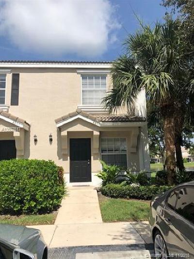 West Palm Beach FL Condo For Sale: $184,000