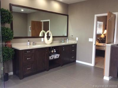 Dania Beach Single Family Home For Sale: 402 SE 6 Street