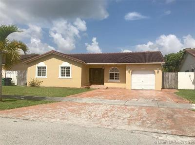 Miami Single Family Home For Sale: 18106 SW 154th Pl