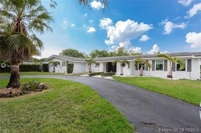 Pinecrest Single Family Home For Sale: 7690 SW 133rd St