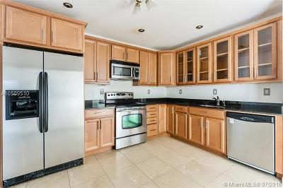 Key Biscayne Condo For Sale: 151 Crandon Bl #438
