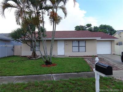 Lake Worth Single Family Home For Sale: 5972 W Ithaca Cir W