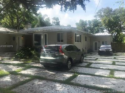 Biscayne Park Single Family Home For Sale: 1012 NE 117th St