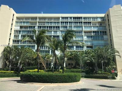Key Biscayne Condo For Sale: 600 Grapetree Dr #9ES