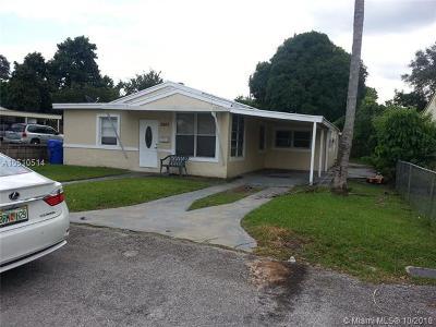Hollywood Single Family Home For Sale: 2842 Washington St