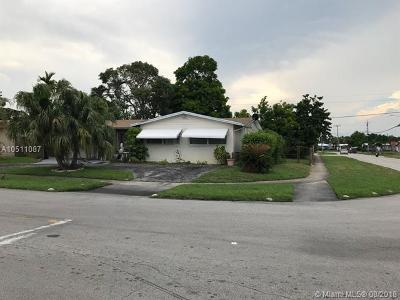 Lauderdale Lakes Single Family Home For Sale: 2391 NW 36th Ter