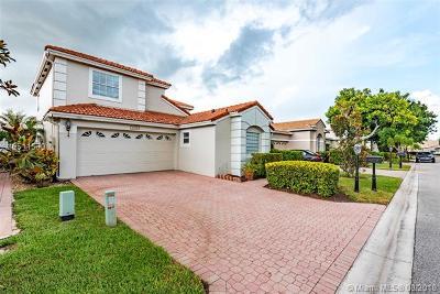 Palm Beach County Single Family Home For Sale: 6374 Brava Way