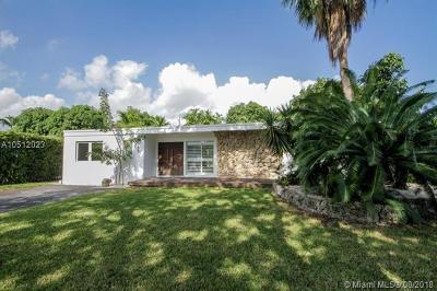 North Miami Single Family Home For Sale: 1955 Alamanda Dr