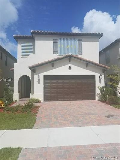 Hialeah Single Family Home For Sale: 3525 W 97th St