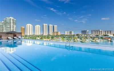 400 Sunni Isles, 400 Sunny Isle Condo, 400 Sunny Isles, 400 Sunny Isles Beach, 400 Sunny Isles Condo, 400 Sunny Isles Condo Eas, 400 Sunny Isles Condo Wes, 400 Sunny Isles Condoeast, 400 Sunny Isles East, 400 Sunny Isles West, 400 Suny Isles Condo For Sale: 400 Sunny Isles Blvd #1218