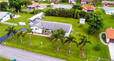 Plantation Single Family Home For Sale: 11461 NW 27 St