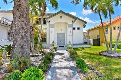 Miami Single Family Home For Sale: 9330 SW 75 St