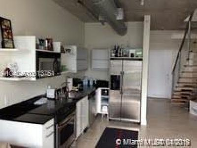Condo Active With Contract: 690 SW 1st Ct #1024