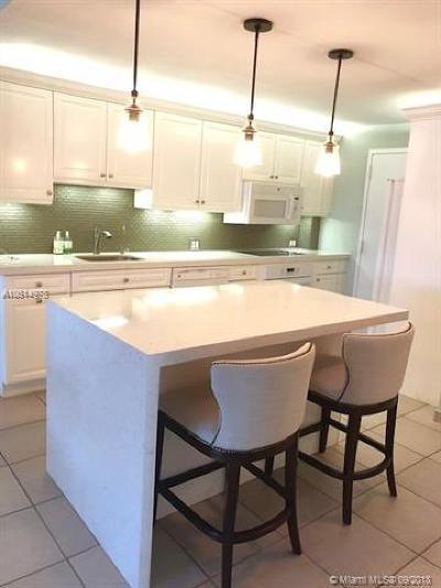 Bay Harbor Islands Condo For Sale: 1050 93rd St #7E