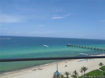 Sunny Isles Beach Condo For Sale: 16901 N Collins #SUITE 5