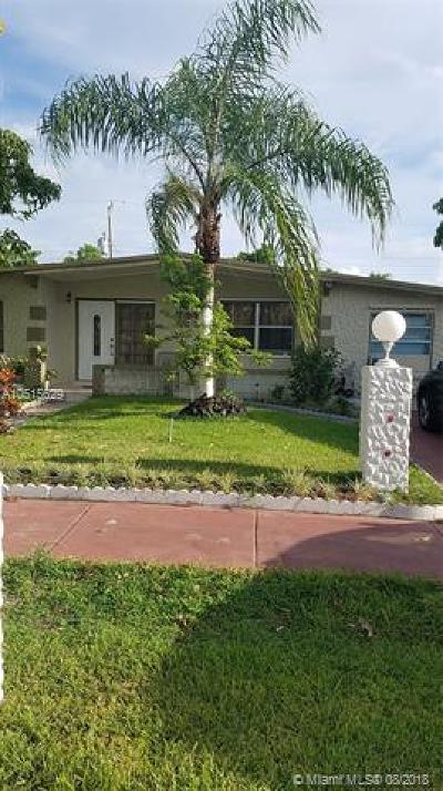 Deerfield Beach Single Family Home For Sale: 280 NE 45th St