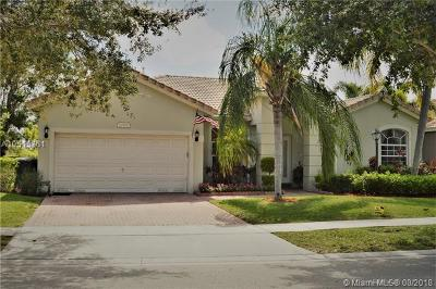 Pembroke Pines Single Family Home For Sale: 12968 NW 18th Ct