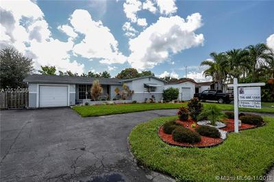 Miramar Single Family Home For Sale: 3305 Acapulco Dr