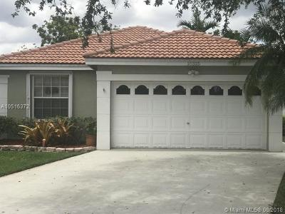 Pembroke Pines FL Single Family Home For Sale: $359,900