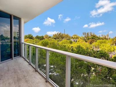North Miami Beach Condo For Sale: 17301 Biscayne Blvd #306