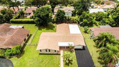 Miami Single Family Home For Sale: 7240 SW 140th Ave
